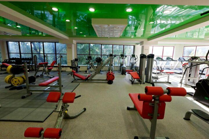 Фитнес-клуб PARIS LIFE fitness