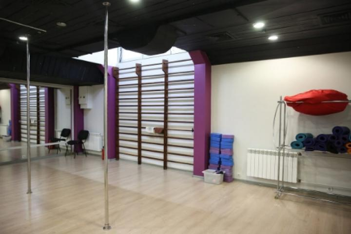 клуб Feelings Pole Studio