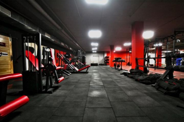 Фитнес-клуб Red Barbell Gym